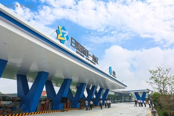 EV晨报 | 北京建设新能源产业园;创力集团投资新能源充电领域;通用Lyft发力无人驾驶