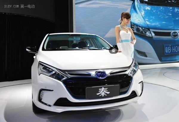 """上海""""按量退坡""""机制惹争议 车企降成本才是出路"""