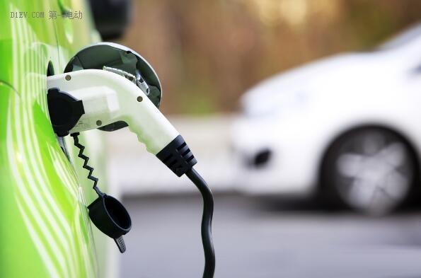 电池续航焦虑被夸大 现有电动车可取代九成私家车