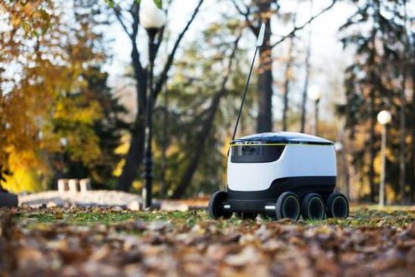 Skype创始人开发电动无人送货小车