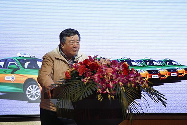 北京市全球最大充换电站集群交付 换电2分钟续航220公里!