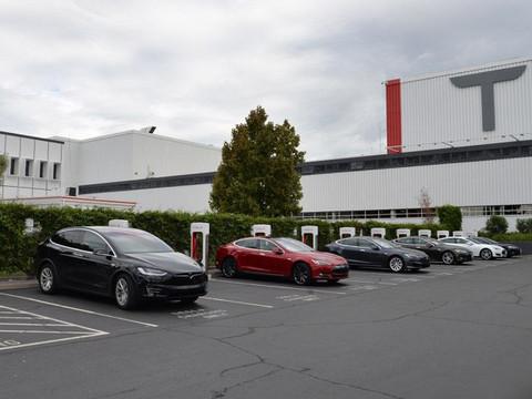 特斯拉:超级充电站将不再完全免费使用/国内车型售价上调