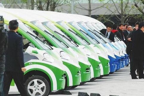 中国将立法确定电动汽车行业规则 外商冒冷汗