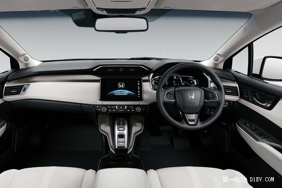 电池不占地儿/加氢三分钟续航750km 本田氢燃料电池车即将在欧洲开售