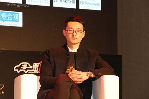 江苏威龙电动车销售总经理刘东坡