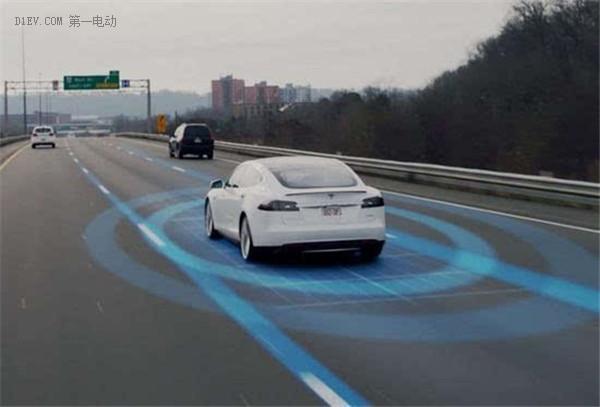 马斯克:这周有望推出自动辅助驾驶系统Autopilot 2