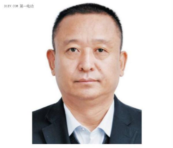 """跃迪集团董事长吕洪涛入选""""2016年度河北十大经济风云人物"""