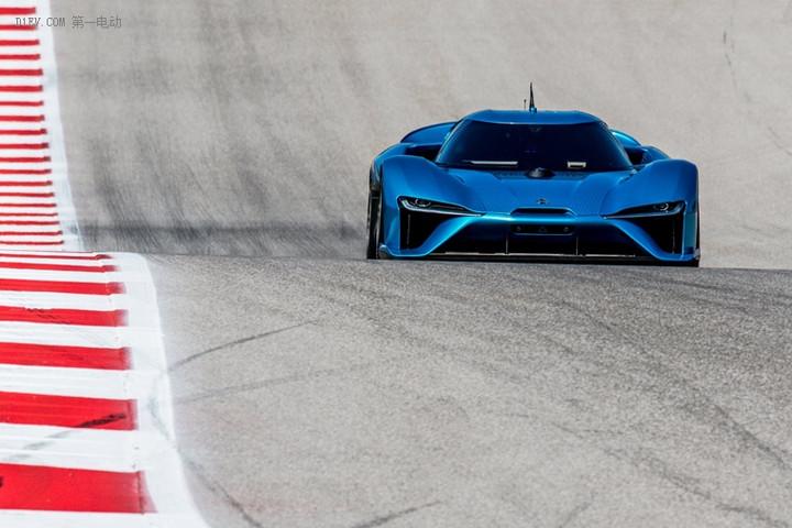 车上没人也敢开这么快 蔚来EP9以275km/h创无人驾驶时速纪录