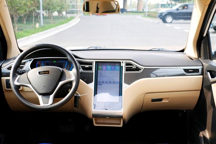 安全性高价格实惠 众泰大迈芝麻E30将亮相济南车展