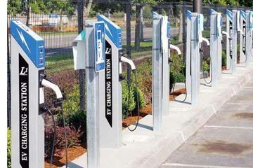 四川加强能源输送通道和网络建设 力争2020年建成电动汽车充电桩27万个