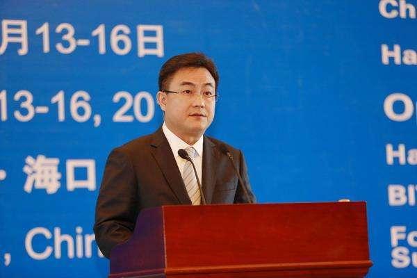 海口市长倪强:海口清洁能源出租车占比超过93%