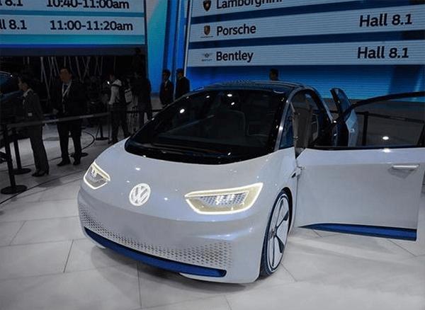 EV晨报 | 北京公示2017首批新能源汽车补贴名单;蔚来汽车将公布第2个合作伙伴;沃特玛今年力争采购安凯纯电动客车一千台
