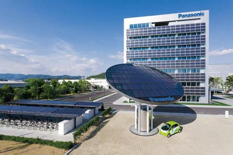 大连松下汽车动力电池项目在保税区正式投产