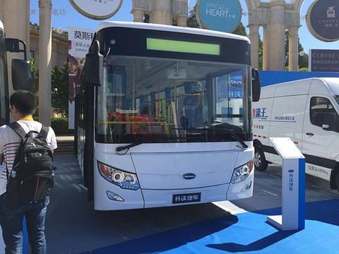 NJL6100BEV纯电动城市客车