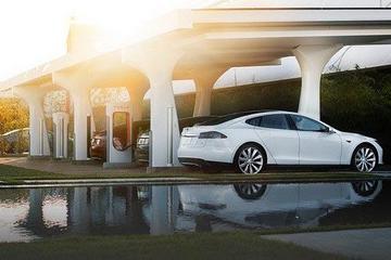 汽车经销商回击特斯拉 别对全世界指手画脚