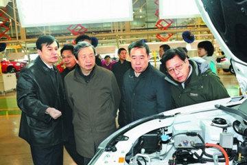 马凯二下深圳会诊:新能源车考虑减免购置税