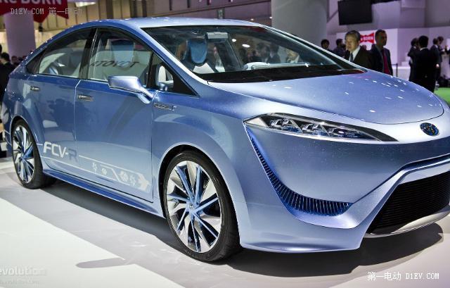 丰田氢燃料电池概念车