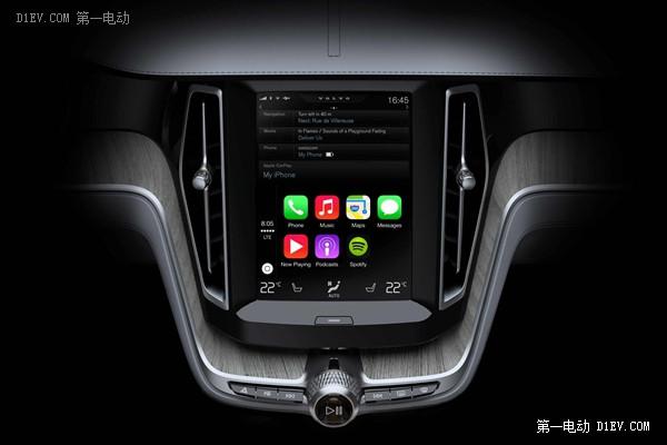 搭载Apple CarPlay服务的沃尔沃车内纵置触摸屏