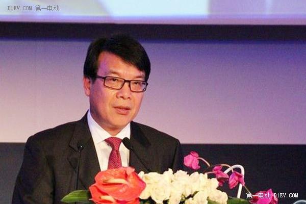 现任上汽集团执行副总裁、乘用车公司总经理陈志鑫