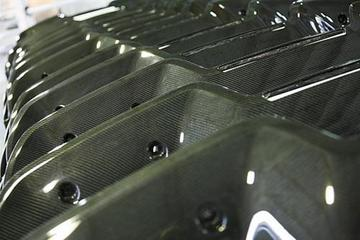 英国Prodrive公司开发碳纤维组件新工艺 降低成本40%