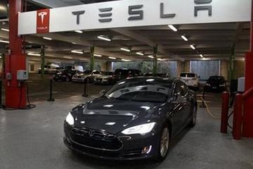 """用互联网思维造特斯拉 销售的不止是""""电动车""""概念"""