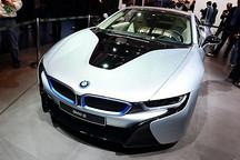 宝马国内发布i8跑车 可能年内上市