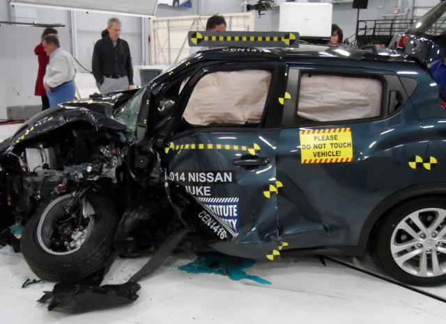 大碰撞理论:美国最重要的安全碰撞测试揭秘