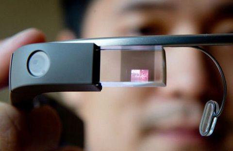 谷歌眼镜可为电动汽车驾驶者寻找充电站