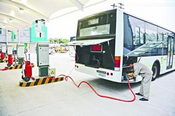 客车市场举步维艰 新能源公交或是救星