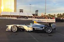 方程E电动赛车首次亮相于美国2014CES展