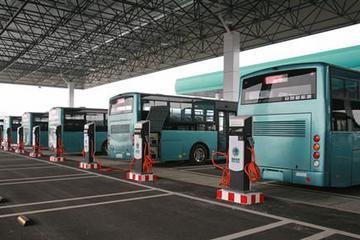 合肥今年拟新建11座公交充电站 新增350辆电动公交车