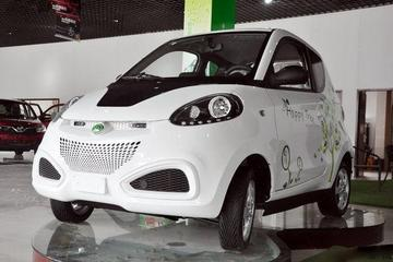 江西首批13辆家用电动汽车挂牌 百公里能耗仅4元
