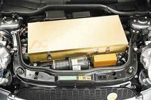 """揭秘电动汽车""""肚子""""里装着600公斤电池"""