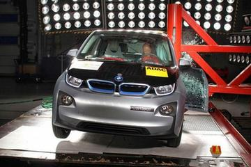 碳纤维车体的宝马i3碰撞测试 安全水平与5系相当