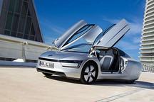 百公里油耗仅0.9L 大众XL1混动车日内瓦发布
