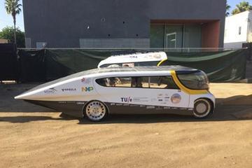 美国研发四座太阳能电动汽车 续航800km