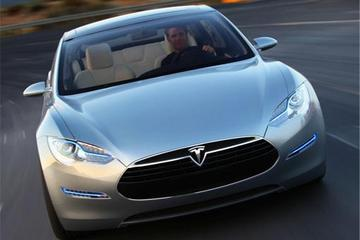 特斯拉全驱新车未受投资者青睐 股价大幅下跌