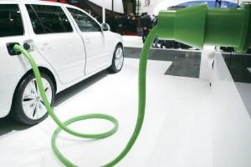 新能源汽车是大趋势 四川将打造千亿集群