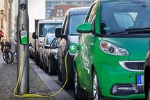 宝马研发出可给电动汽车充电的路灯 明年试点