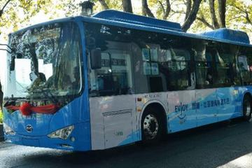 杭州新亮相纯电动公交车神器多多 今年将投入750辆