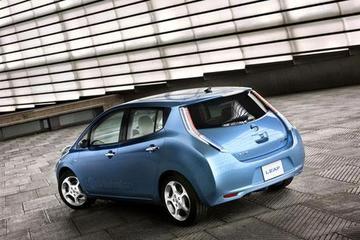 日产聆风电动车将用新款电池 续航超400公里