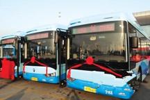 扬州314辆新能源公交车正式投运 电子站牌卫星定位国内首用
