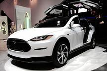 特斯拉Model X迟到的三大技术门:里程/鹰翼门/牵引力