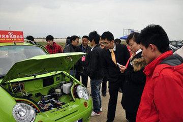 新能源车增速快 微型电动车标准缺失引关注