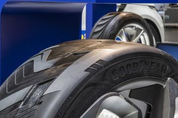 脑洞大开!固特异轮胎能为电动车充电增加续航