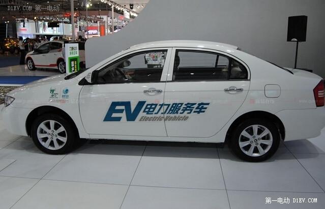 【EV晨报】重庆购车最高可补10.8万;长沙全市布局充电站;特斯拉将设三区分治……