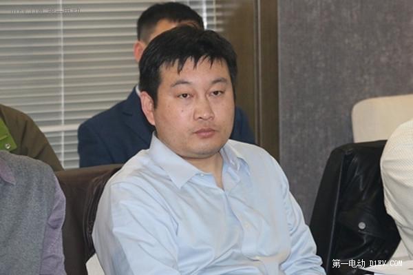 华泰证券冯冲:新能源公交渗透率2015年将达50%