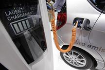 EV晨报 | 一季度销量比亚迪占四成;新沃蓝达在美降价;冠城大通布局锂电池......