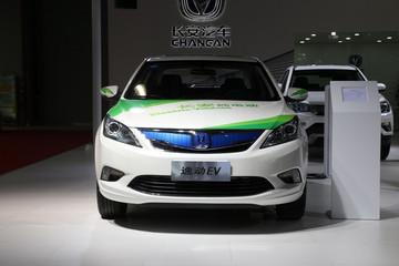 """长安电动车""""借腹生子"""" 自主电动汽车品牌逐步反哺合资"""