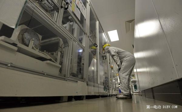 日产CEO戈恩:LG化学电池是最好的!下一代聆风也要用